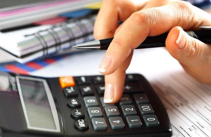 Uplatnění slevy na poplatníka v daních: příklady, výpočty