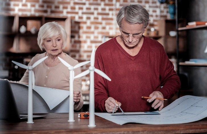 Práce ve starobním důchodu: výše výdělku, na co je nárok