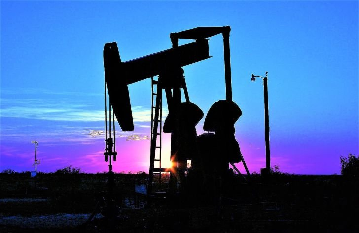 Komentár: Ťažiari naskočili na vlnu optimizmu, ropná rally pokračuje