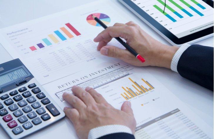 Kam a jak investovat 1000 Kč měsíčně