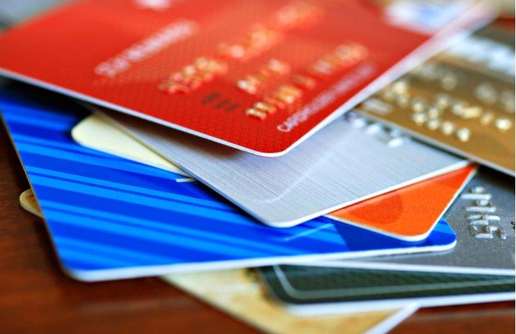 Ako platiť v zahraničí? Kreditnou kartou a hotovosťou