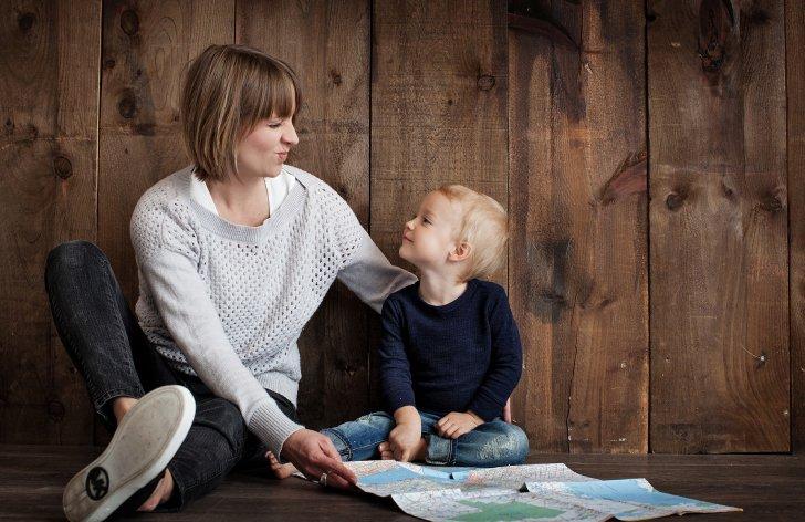 Nezamestnaní nemusia mať nárok na ošetrovné, aj keď sa starajú o dieťa