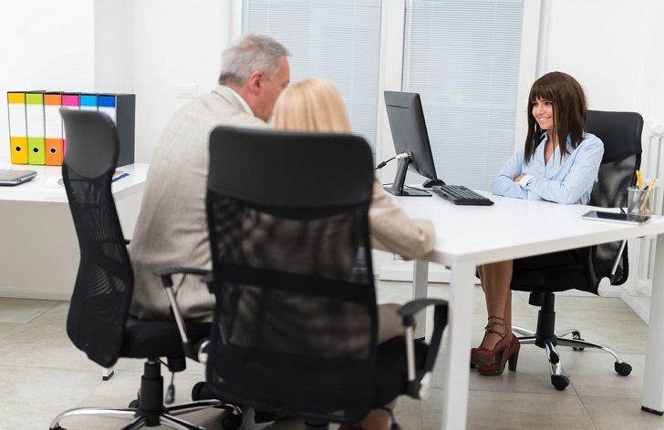 Úřad práce a podpora: důchod, předdůchod, výsluha