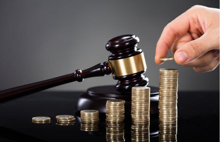 Pokuty od inkasních agentur a rizika energetických aukcí