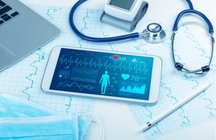 Zdravotní pojištění zaměstnanců s přivýdělkem – příklady