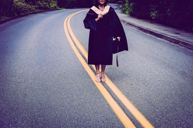 graduation_2613175_1920