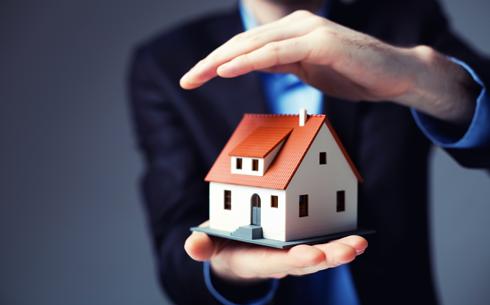 Ceny nemovitostí rostou a hovoří se i o realitní bublině. Je na čase prodat investiční byt?