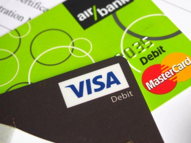 Platební karty: Visa a MasterCard