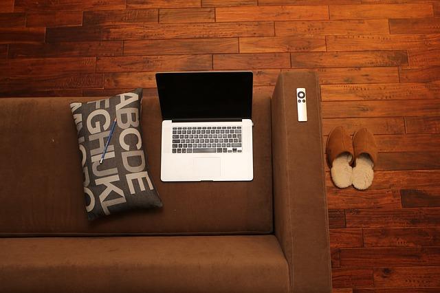 Domluvte si v práci home office