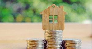 Na splátku hypotéky již Češi vynakládají téměř 50 % příjmu