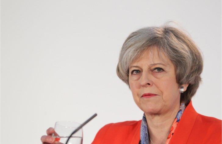 Komentár: Mayová sa s brexitom ocitá v úzkej uličke