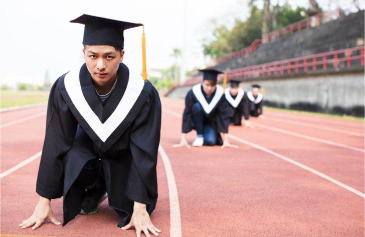Kdy končí status studenta SŠ, VŠ, sleva na studenta