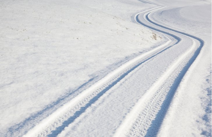 Sneh na ceste