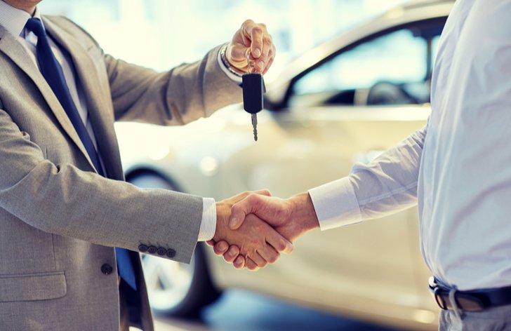 Koupě ojetého auta - jak na přepis na nového majitele