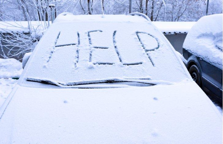 Auto a problémy v zimě na horách