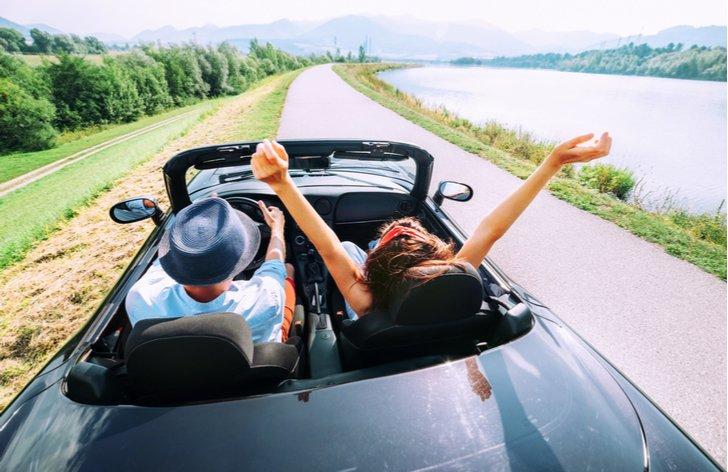 Jak si může cizinec v ČR udělat řidičák