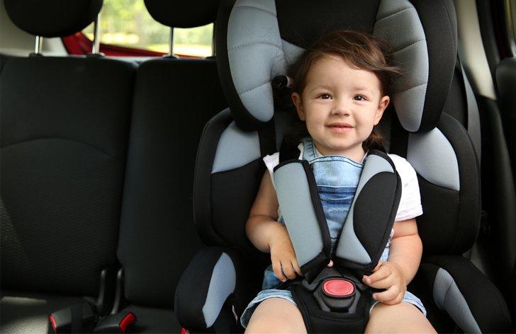 Dětské autosedačky: jaké jsou předpisy a druhy autosedaček