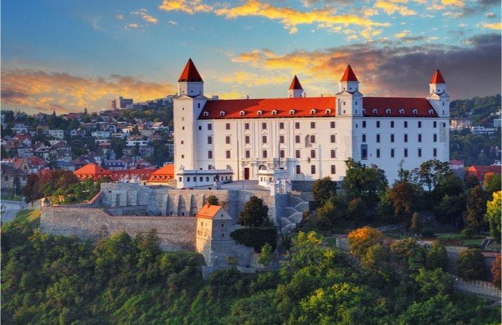 Aké je vstupné na slovenské hrady a kedy je vstup zadarmo?