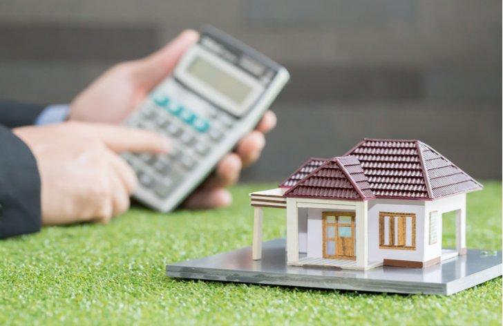 Kdy klesnou ceny nemovitostí - jak financovat vlastní bydlení