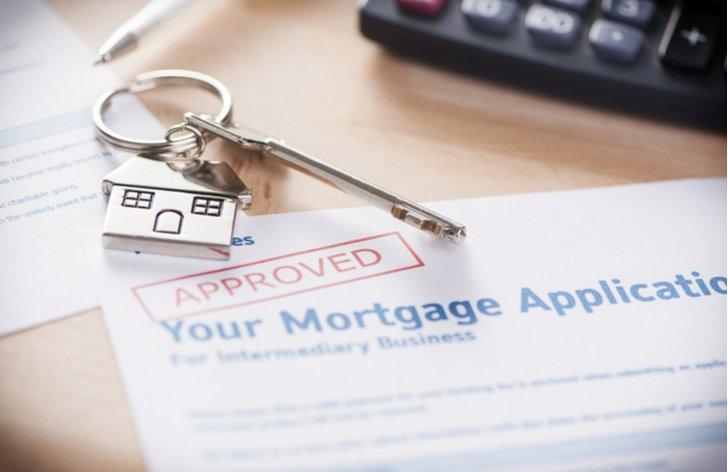 Naše kalkulačka vám přesně spočítá na základě vašich údajů, jako bydliště, způsob bydlení a příjmu.