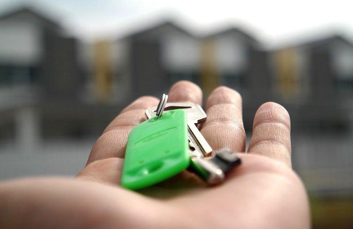 hypotéka verzus stavebné sporenie: čo sa oplatí viac?