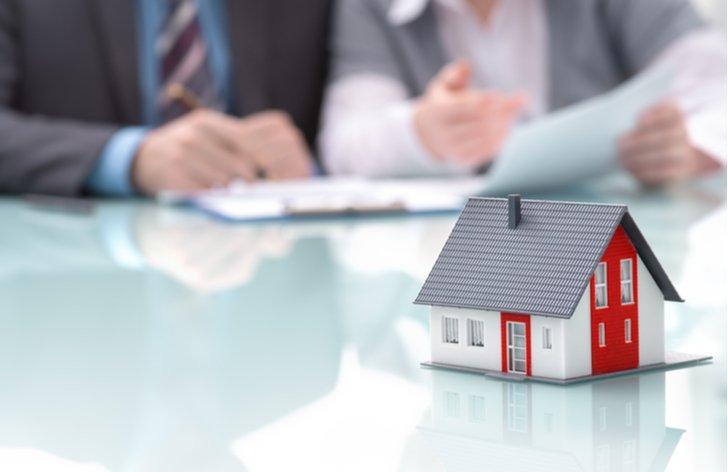 Jak financovat hypotéku - další půjčky a ručení nemovitostmi