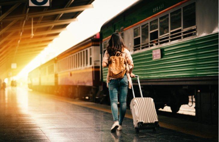 Slevy na jízdenky od RegioJet pro studenty a důchodce