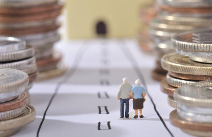 Kolik si šetříme na důchod