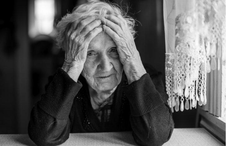 Kedy môže exekútor zablokovať peniaze dôchodcovi