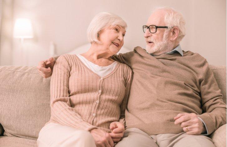 Vianočný príspevok pre dôchodcov 2019 (podmienky a tabuľka)