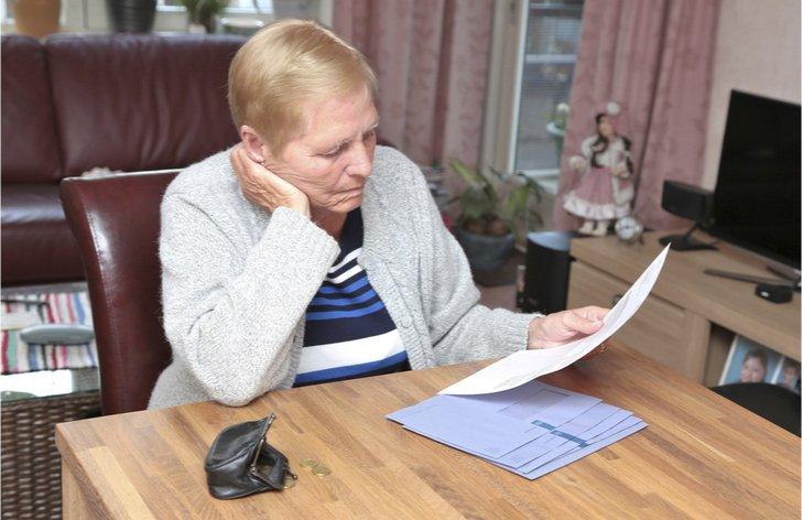 Nárok na vdovský důchod po manželovi souběžně se starobním