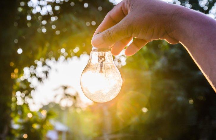 Levnější elektřina a změna smlouvy