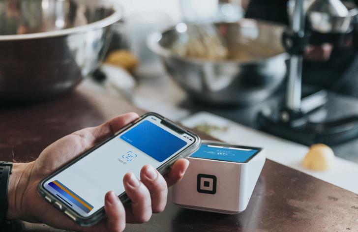 bezkontaktné platby rastú - slováci patria medzi štátmi s najväčším počtom používateľov