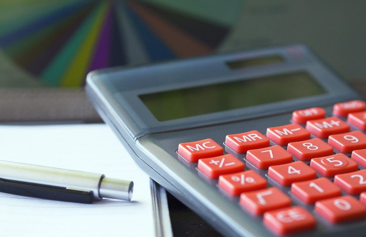Paušální daň: komu se vyplatí