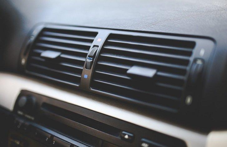 ako správne servisovať klimatizáciu v aute