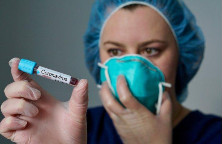 Pokazené prázdniny kvôli koronavírusu. Ako postupovať po návrate s rizikových oblastí