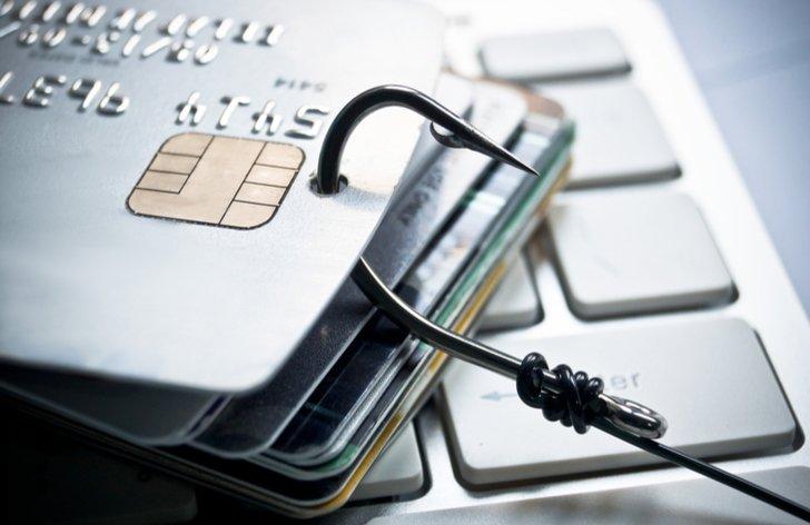 Ako bezpečne platiť v zhraničí a online