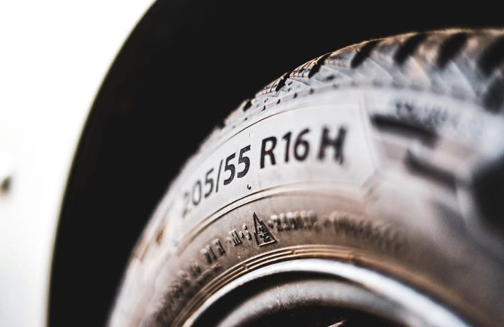 Letné pneumatiky a kedy je správny čas prezuť?