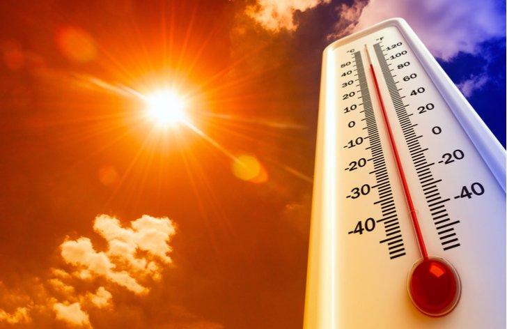 Toto leto bolo extrémne horúce. Odborníci odporúčajú skontrolovať autá