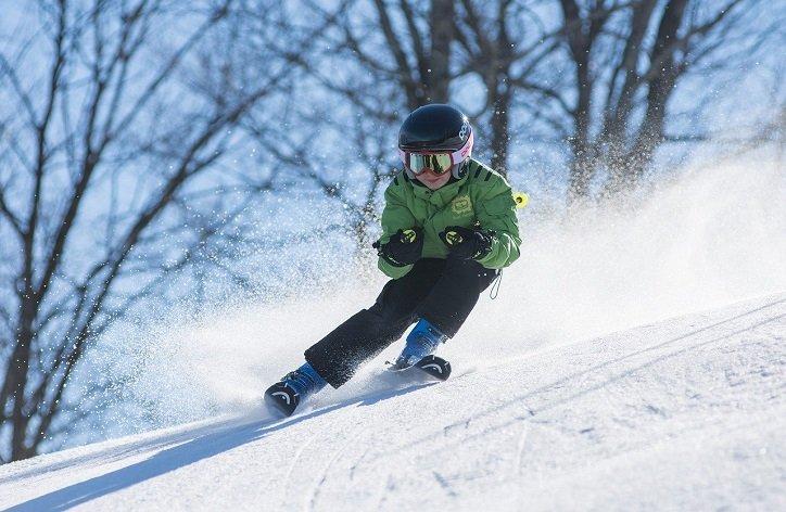 Na čo si dávať pozor pri zimnej lyžovačke?