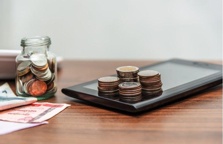 Jak a kde si zřídit transparentní účet – poplatky, historie transakcí