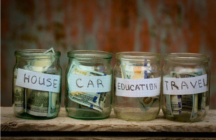 Spořicí účet vs. terminovaný vklad - výhody, úroky, srovnání