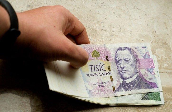Jak přistupují banky kžádostem o odklad splátky hypotéky?