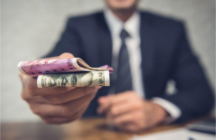 Snížení mzdy a odebrání osobního hodnocení zaměstnavatelem