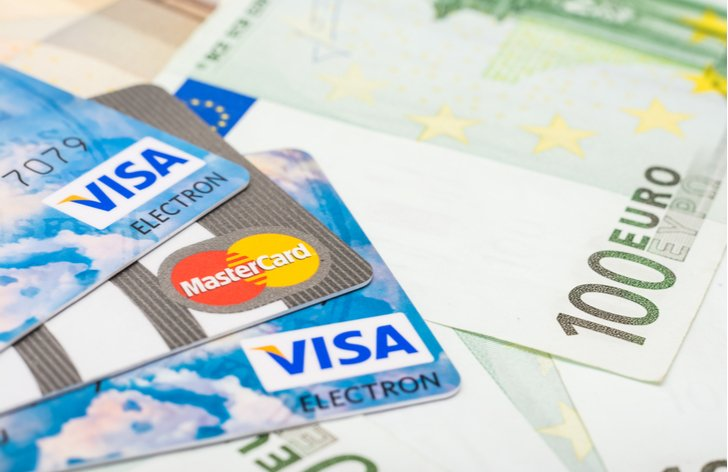 MasterCard vs. Visa - kterou používat v zahraničí