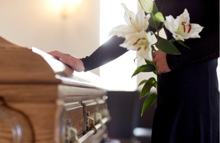 Pohřeb a pracovní volno