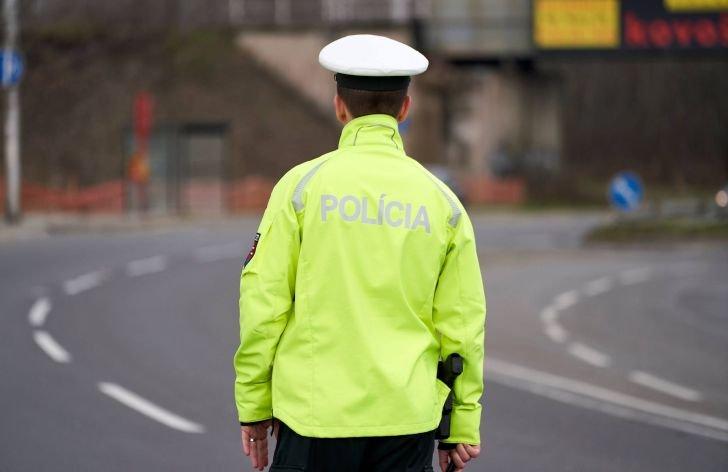 Natáčanie policajtov na mobil