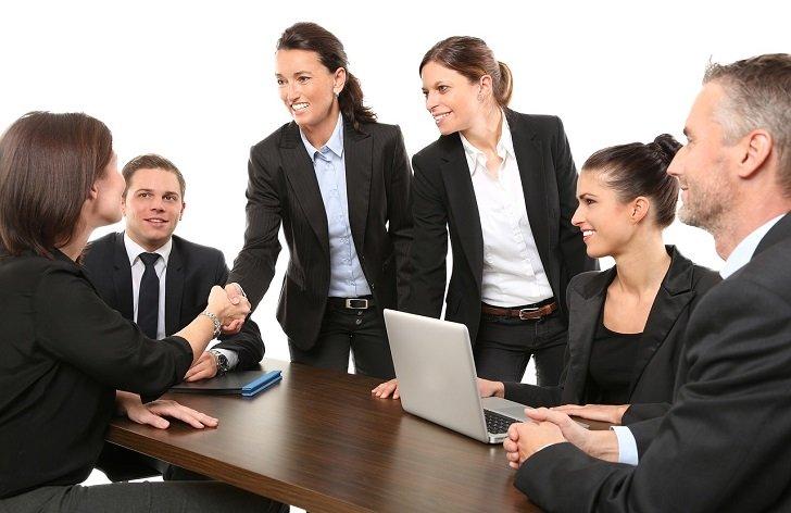 5 vecí, ktoré by ste mali vedieť pri hľadaní a nástupe do práce
