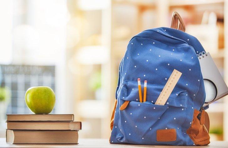 Koľko stojí školská taška pre prváka