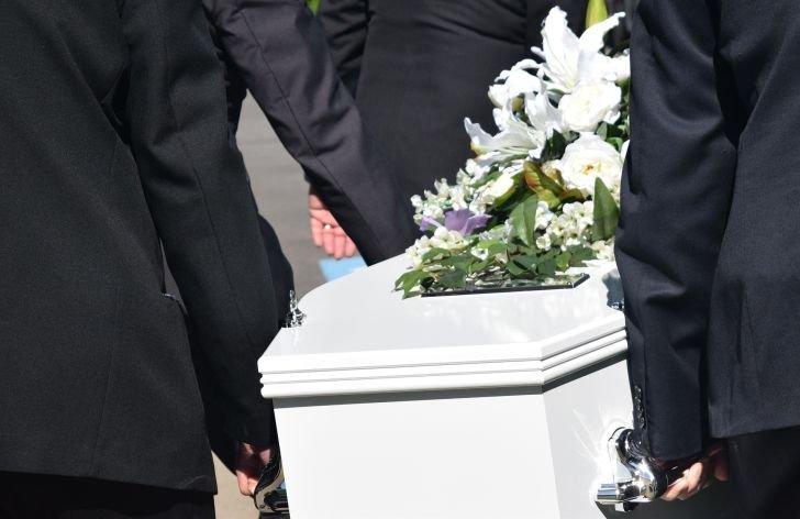 Ako žiadať príspevok na pohreb